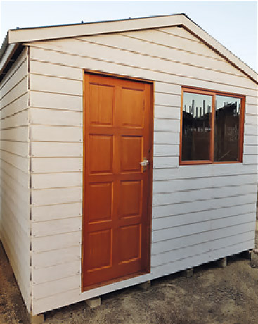 Wendy house with Nutec/Shera board cladding